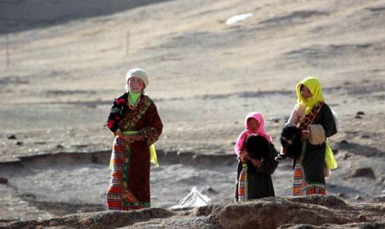 阿塞拜疆总人口数量_玉树总人口