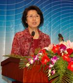 中国妇基金秘书长:秦国英