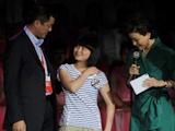 李亚鹏与资助的女孩朱春燕