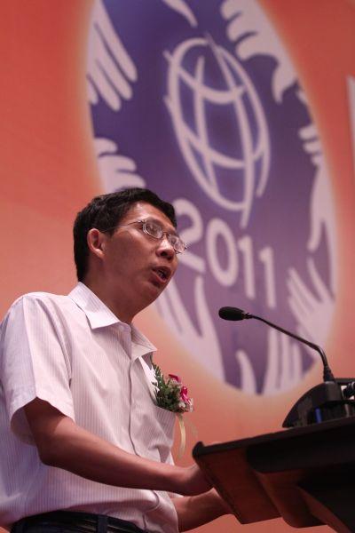 著名学者纪连海在微笑行动第20届全球学生文化交流大会(ISCE)上发表主题演讲
