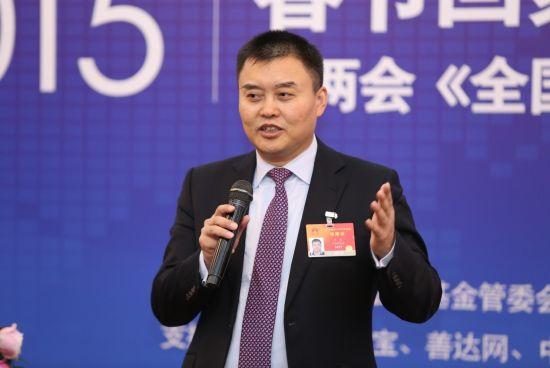 人大代表姜明提交拼车合法建议案