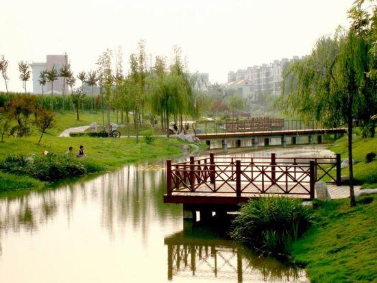 阿塞拜疆总人口数量_鹤壁市区总人口