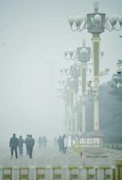 提升油质的困境   在环保部于去年10月公布的《重点区域大气污染